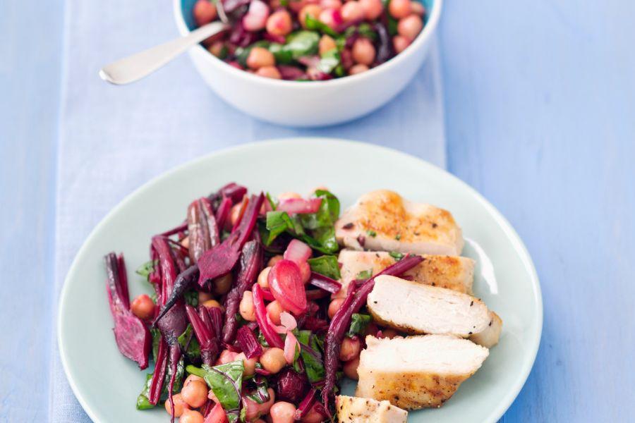 Hähnchenbrust mit Rote-Bete-Salat & Kichererbsen