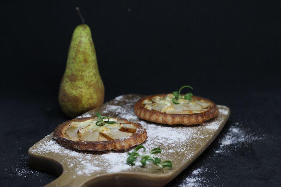 Birnentartelettes mit Camembert