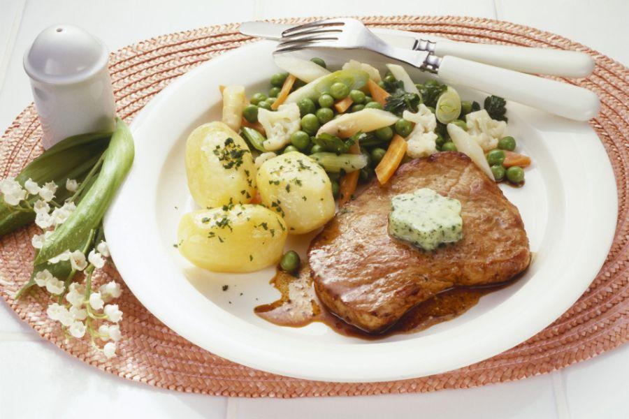 Leipziger Allerlei mit Kalbsschnitzel