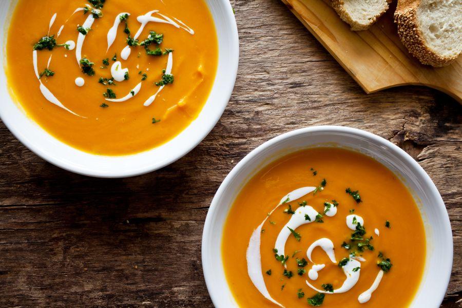 Süßkartoffel-Karottensuppe