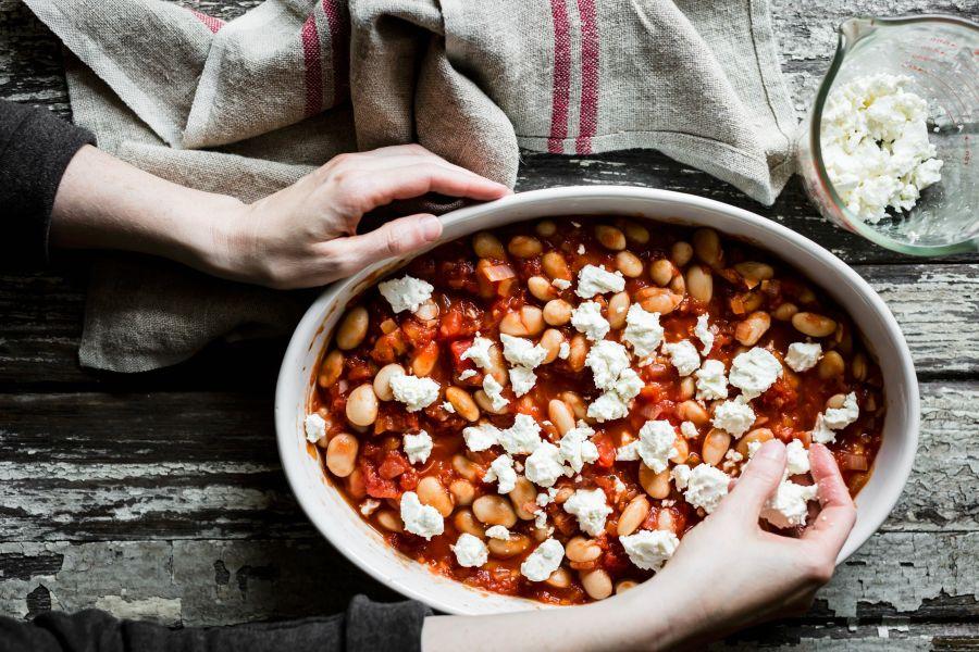 Pesto-Auflauf mit Bohnen und Feta
