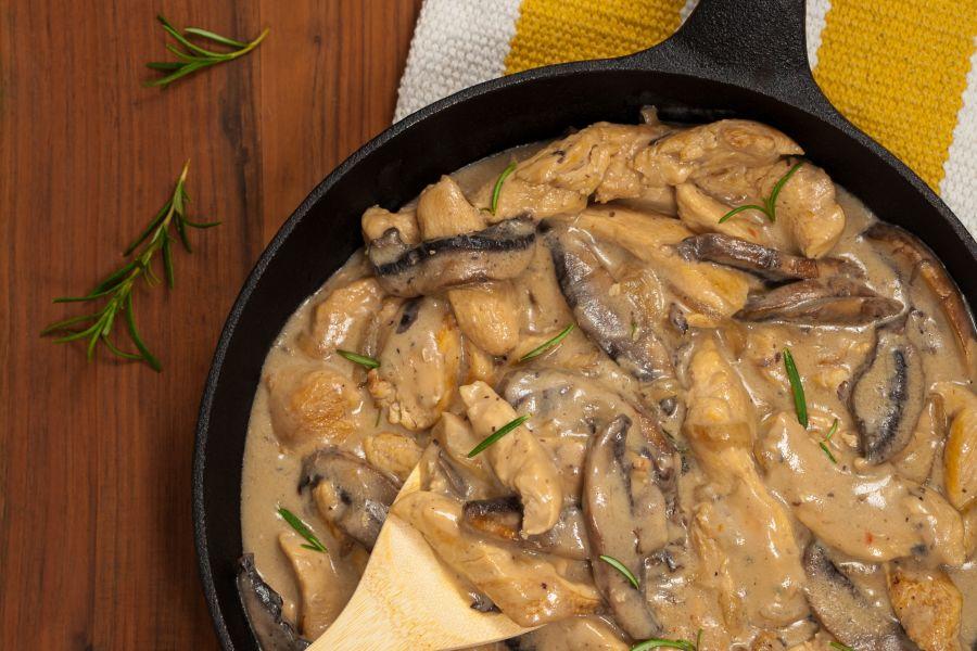 Hähnchengeschnetzeltes mit Pilzen