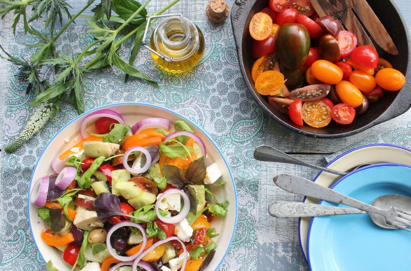 Salat-Rezepte, Sommersalate, Griechischer Salat, schnelle Salat-Rezepte, Salat-Rezepte zum Grillen