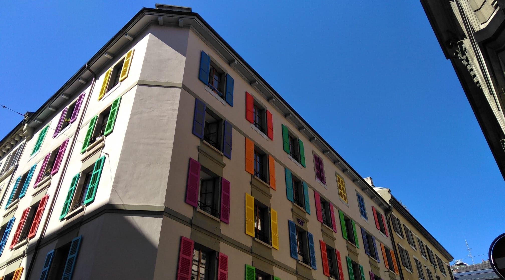 Rue colorée Genève.jpg
