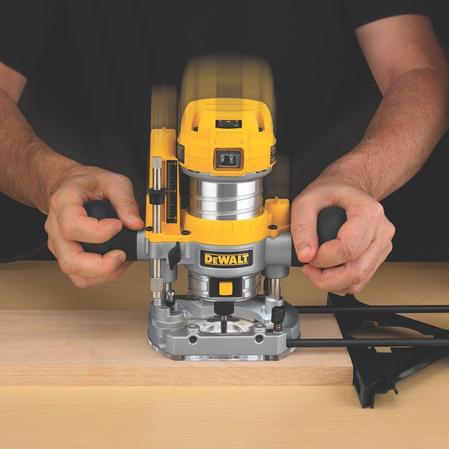 Best Wood Router Reviews in 2021