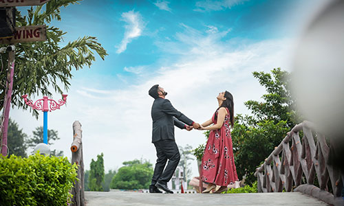 outdoor pre-wedding photoshoot location