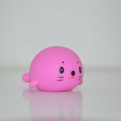 Vis met lichtje roze.jpg id=