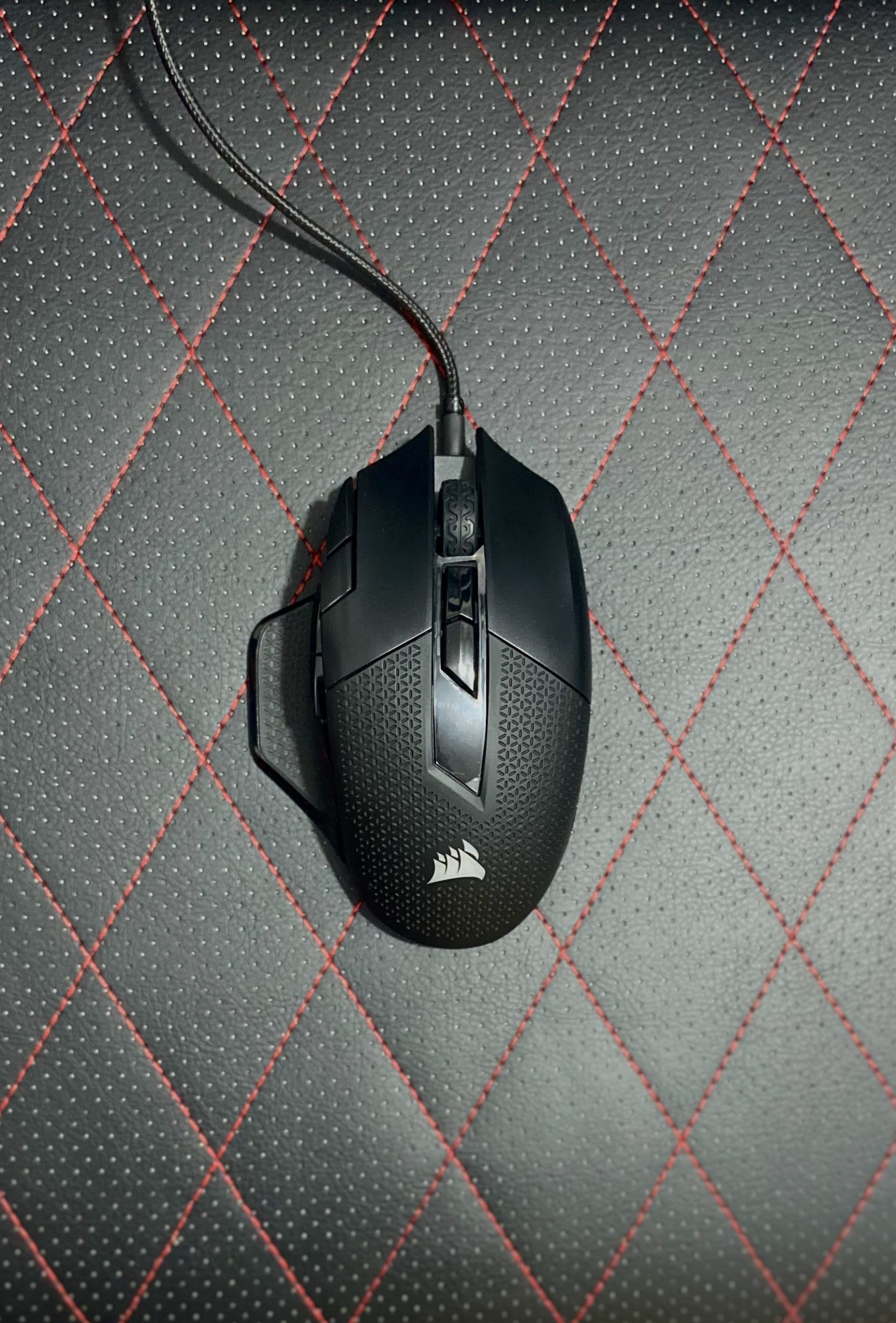 Corsair NightSword RGB Gaming Mouse Review 3