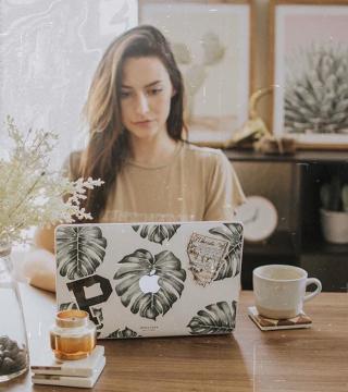 Promotional Image for Lauren Roberts