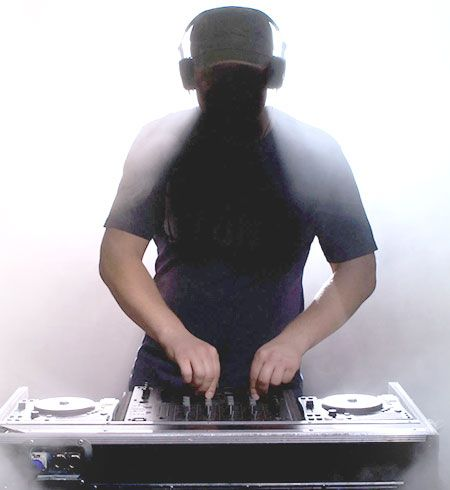 Jam Hot included DJ service