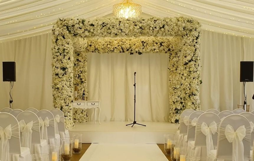 Jam Hot Chuppah set up