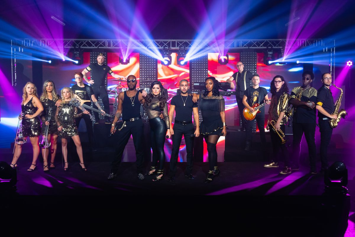 Jam Hot Showband Urban Gold Group Promo Shot