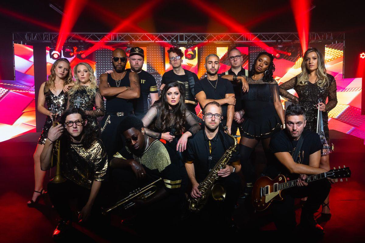 Jam Hot showband live urban gold huddle