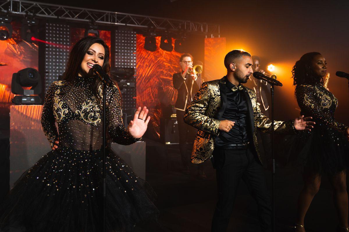 Jam Hot showband live performing despacito