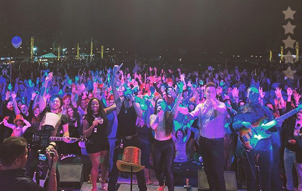 wedding music band scotland will have the crowd cheering like this!