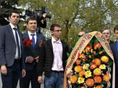 Активисты РО ПП СПРАВЕДЛИВАЯ РОССИЯ почтили память Героев Великой Отечественной войны