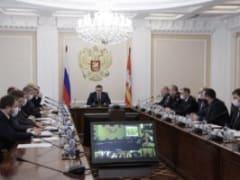Губернатор Челябинской области Алексей Текслер провёл заседание комиссии по предупреждению и ликвидации чрезвычайных ситуаций, где обсудили вопросы безопасного прохождения паводков