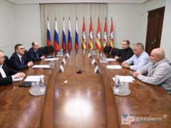 С Евгением Касперским решали вопросы информационной безопасности Южного Урала