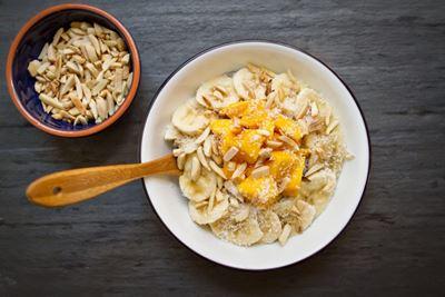 5 Makanan untuk Mengatasi Asam Lambung