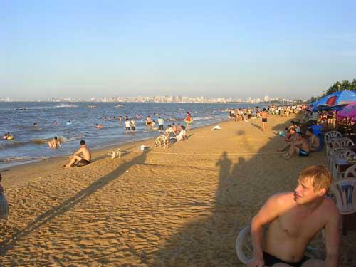 Haikou's Holiday Beach
