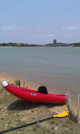 kayaking in the Boao delta area