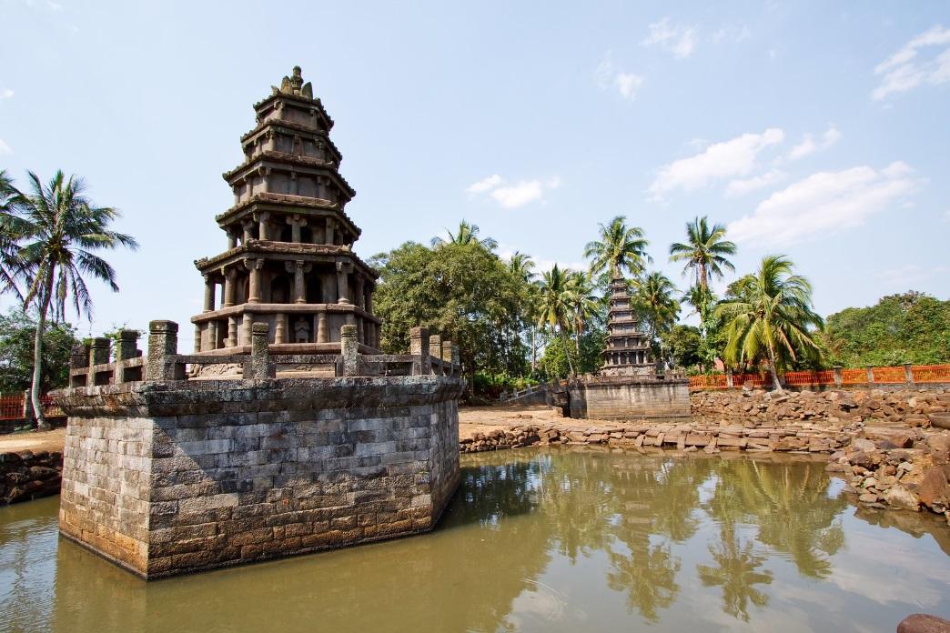 Meilang Twin Pagodas