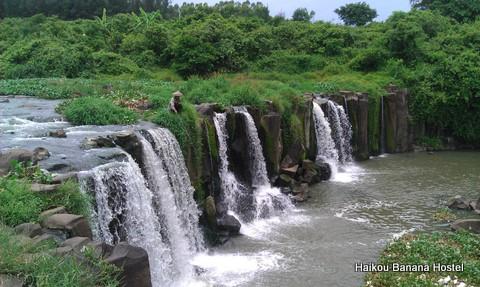 Laocheng Town's Guyizhan Waterfall