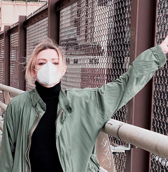Российская транс-певица Скарлетт около месяца болела коронавирусом в Нью-Йорке