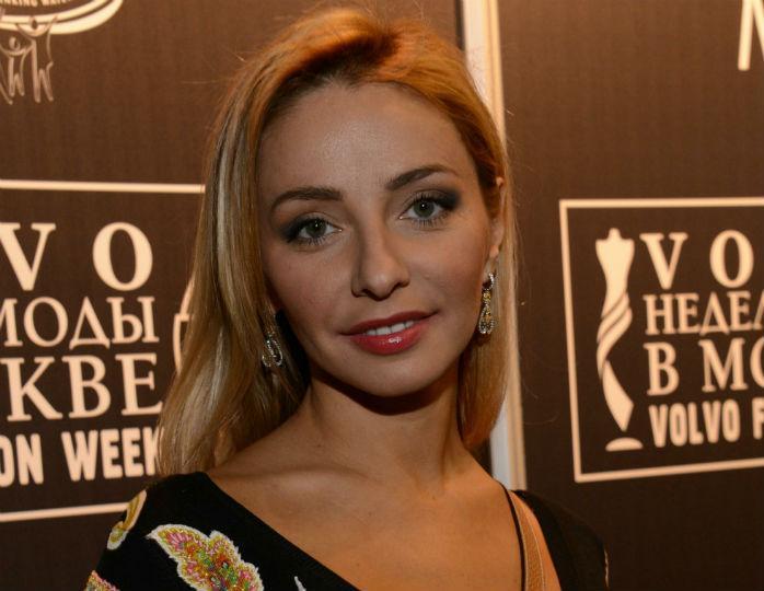 «Селфи года»: Татьяна Навка покривлялась на камеру с Кудрявцевой и Жасмин