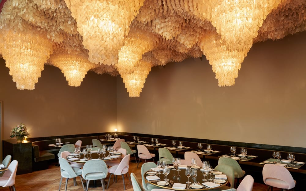 A top-design level restaurant
