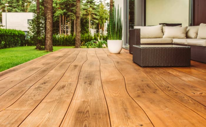 Close-up of an outdoor curved flooring by Bolefloor. Close-up of an outdoor curved flooring by Bolefloor.