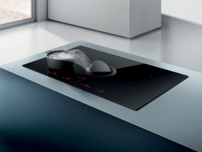 A hood that does not need to be raised. The ultimate solution for invisible open kitchens. Example 2.