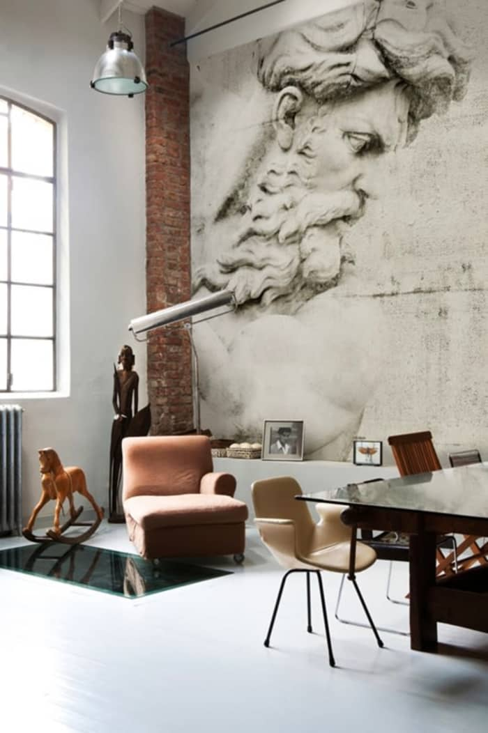 Living room with Desus wallpaper on the wall, by Wall & Déco.