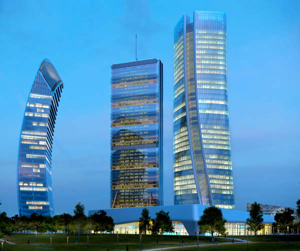 Skyline of Milan with the addition of the Three Towers in CityLife.