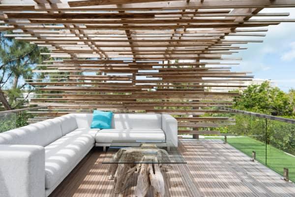 The patio of Villa Islander.