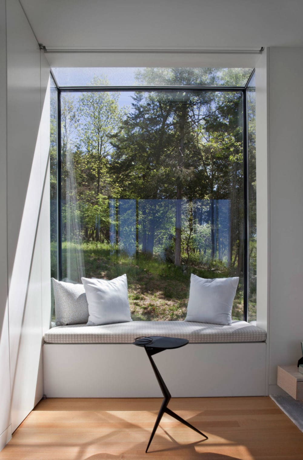 "Window seat overlooking greenery.<span class=""sr-only""> (opened in a new window/tab)</span>"