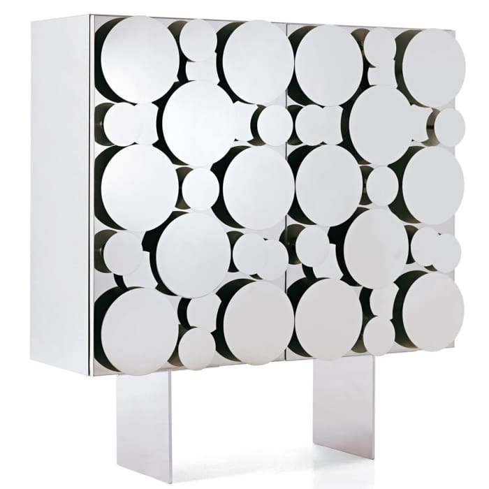 Mirror-door cabinet, a super stylish solution to hide a waste recycling station!