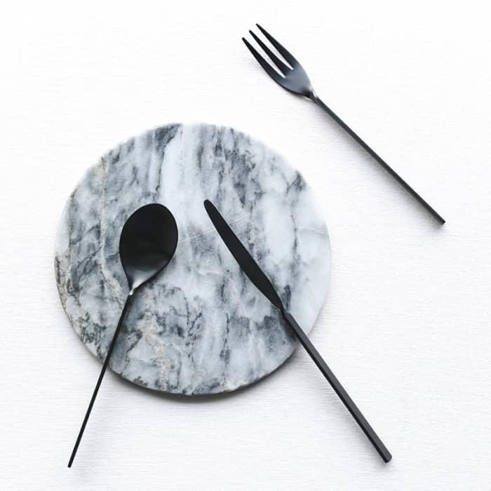 Minimalist black cutlery set; Malmö by Miguel Soeiro.