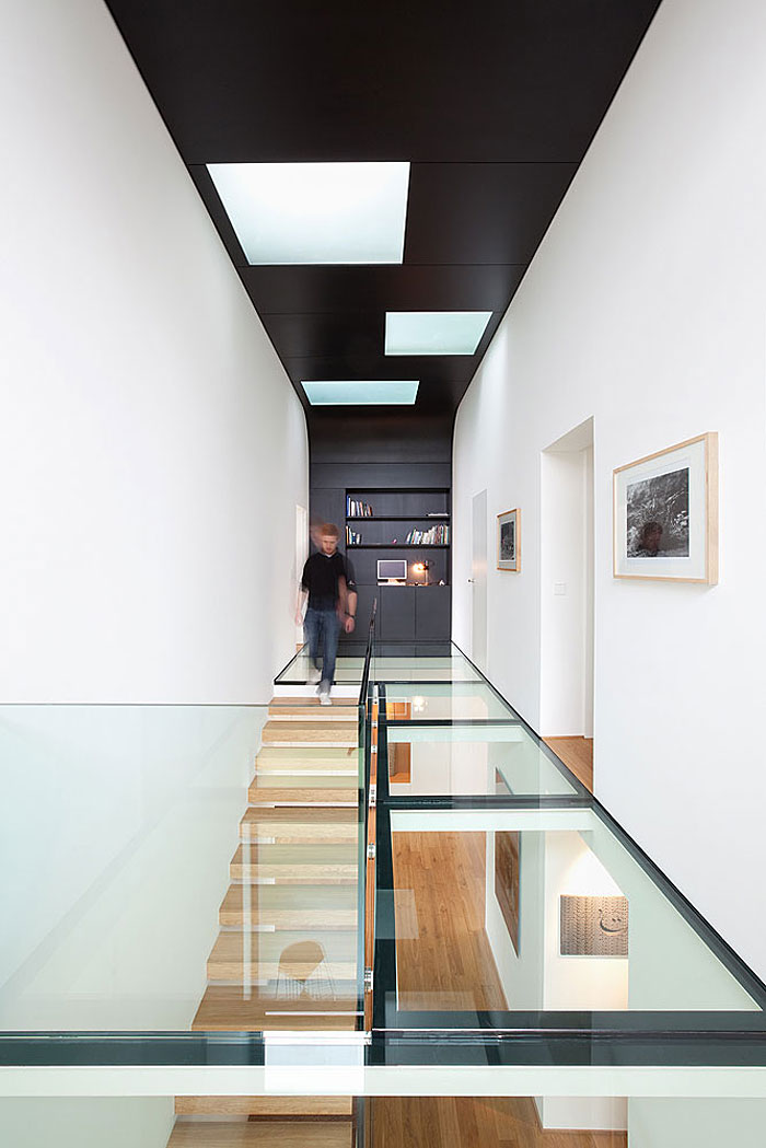 Glass floor, great option to create a sense of risk in a biophilic design.