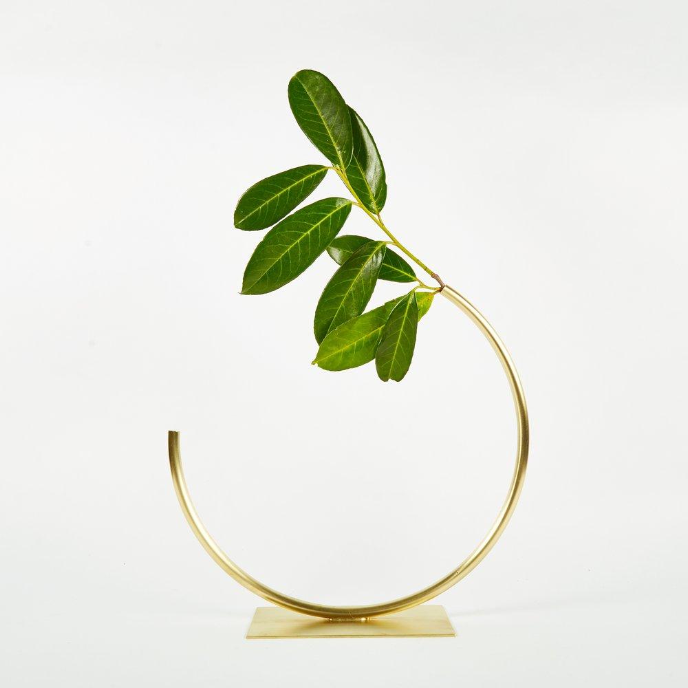 Brass minimal vase.
