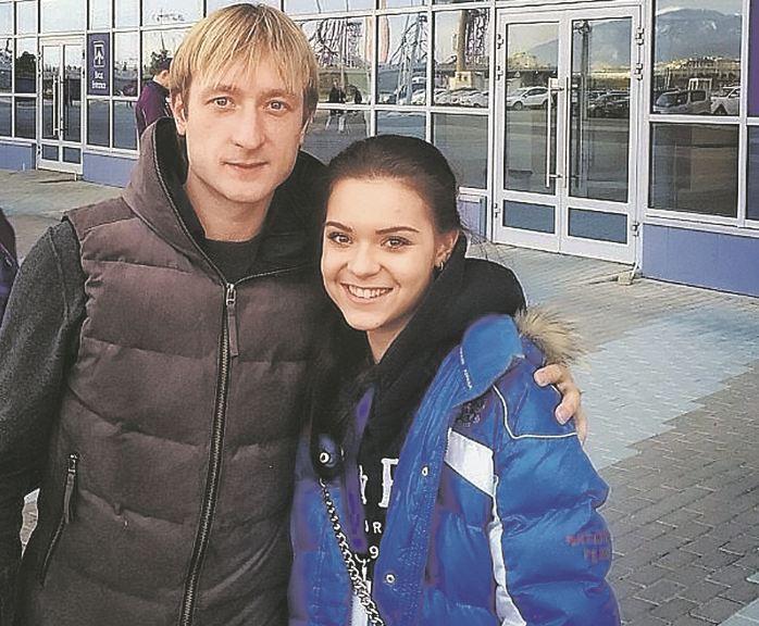 «6 шурупов в позвоночнике»: Почему Аделина Сотникова ушла из спорта
