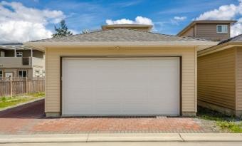 Как правильно узаконить гараж без документов