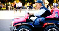 Kako izabrati siguran i kvalitetan automobil na baterije za dete