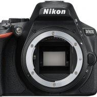 Nikon D5600 24.2Mpx/24.78Mpx SLR crni digitalni fotoaparat