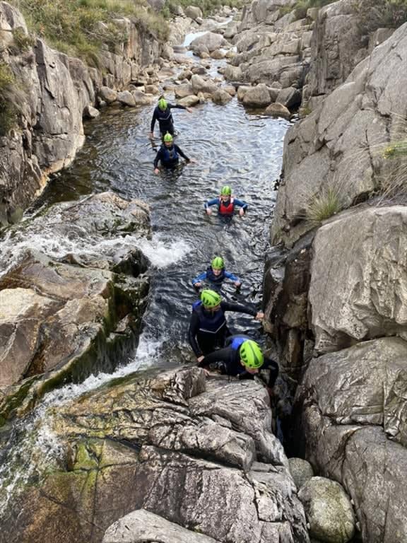 wet-boulderinggallery2