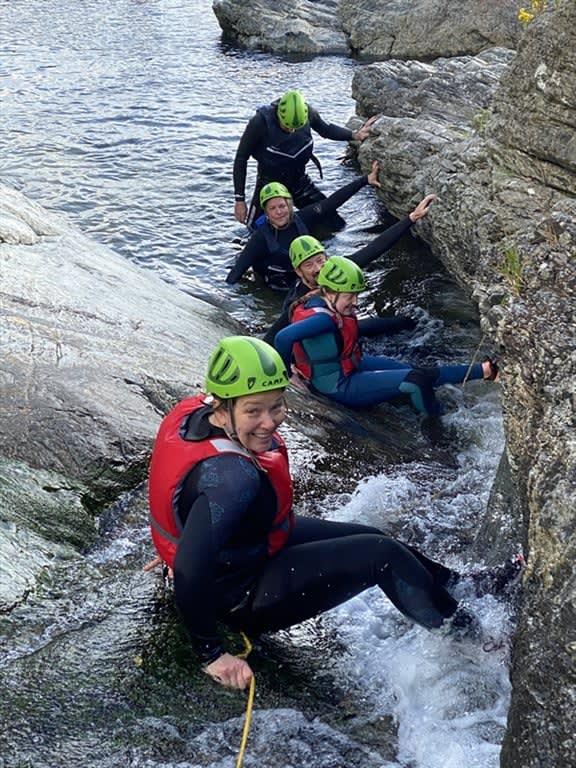 wet-boulderinggallery4