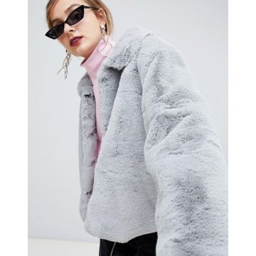 c6e5ccd056b Cropped Faux Fur Collared Jacket