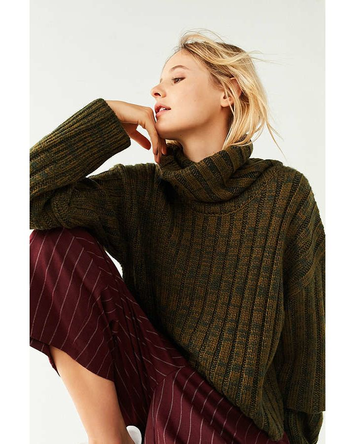 2a7fb20f2 BDG Chunky Turtleneck Sweater - Hinted