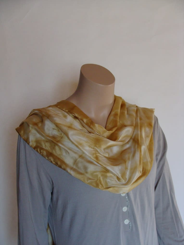 Echarpe soie beige