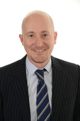 Lloyd Barton